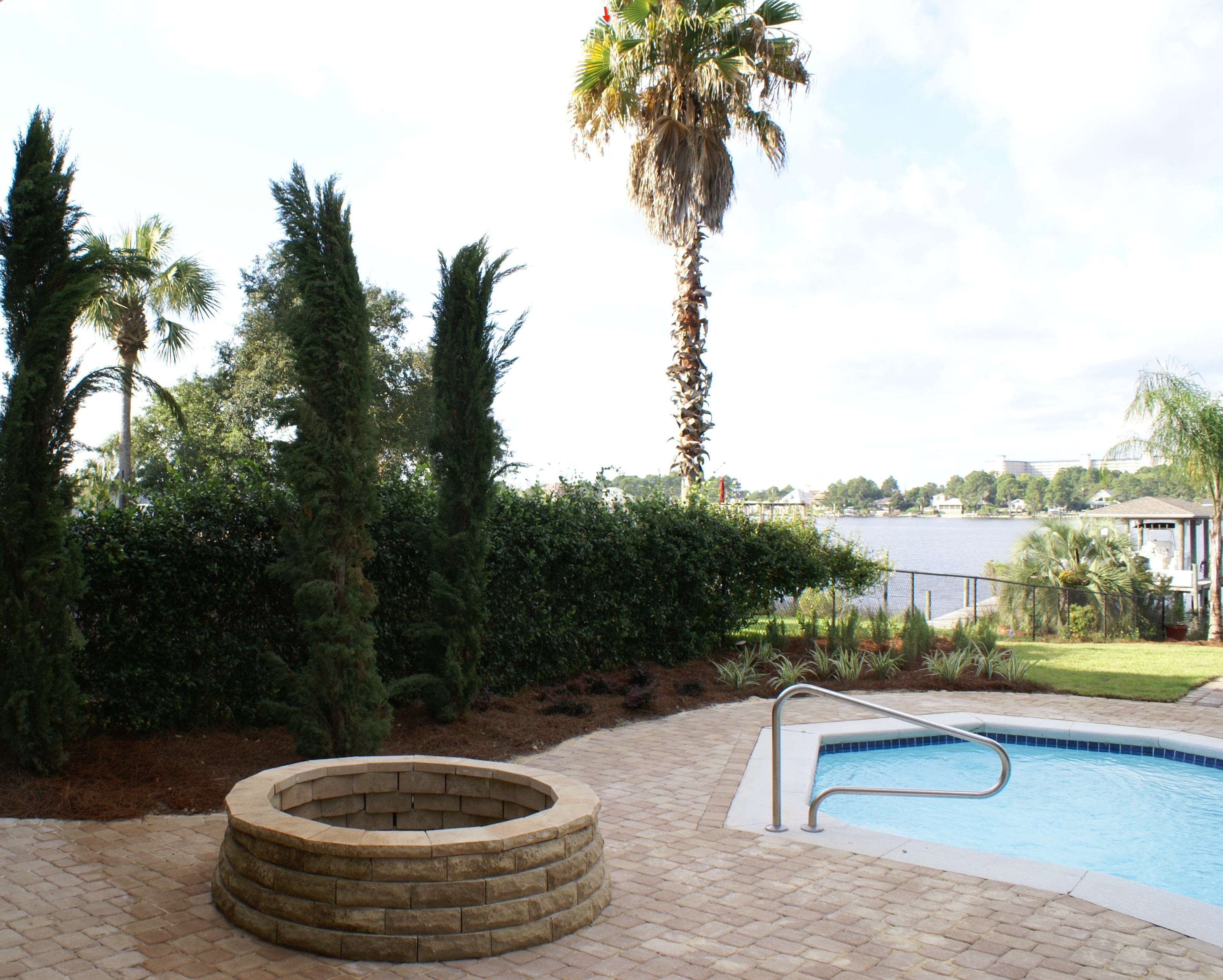 Residential Hardscape Landscaping & Construction Services