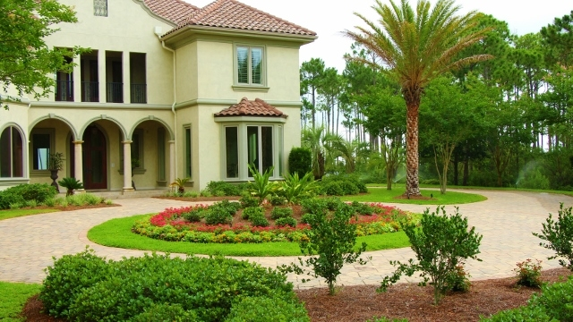 residential landscaping services florida