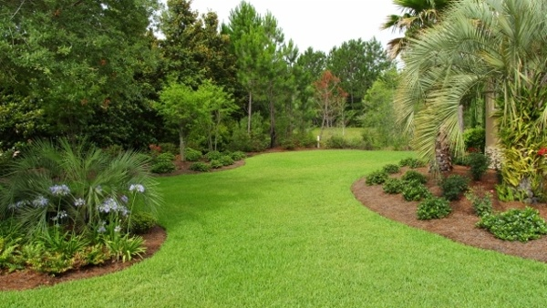 residential-landscaping-9-640x360